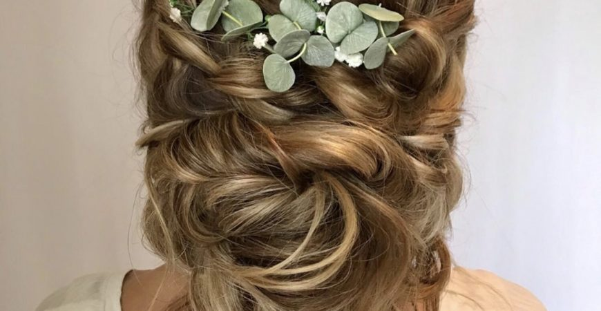 boho-brides-are-the-relaxed,-romantic-looks-we-need-right-now