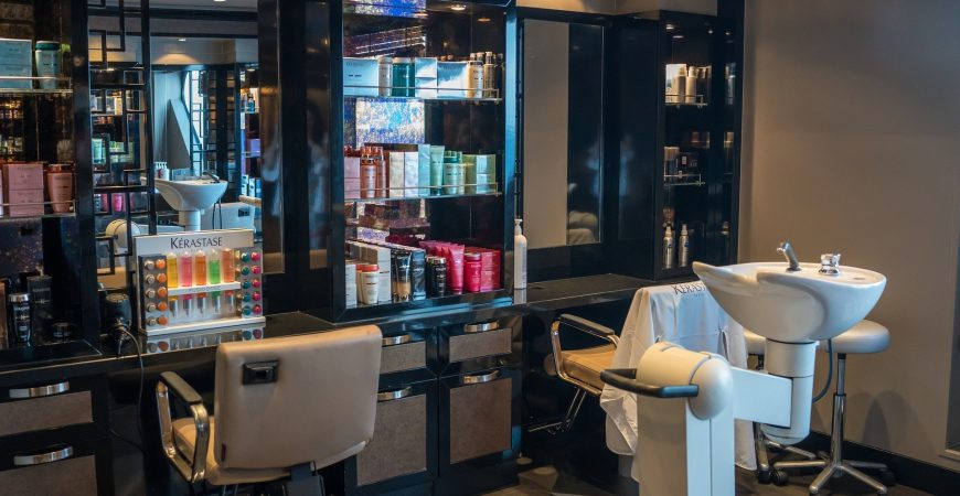salons,-barbershops-and-personal-care-services-in-la-county-can-increase-capacity-to-75%